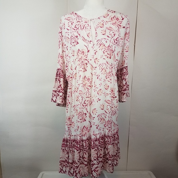 Lucky Brand Dresses & Skirts - Lucky brand white floral bell sleeve dress large